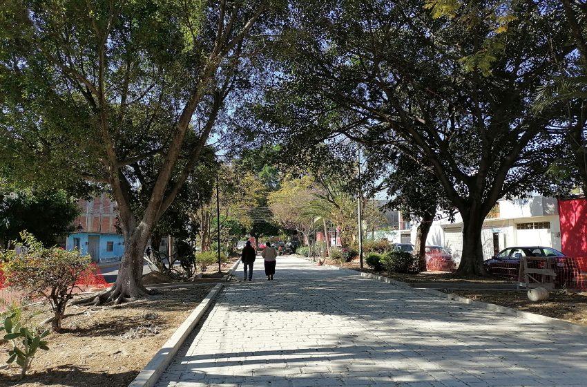 Rechazan vecinos de Jalatlaco andador turístico en Panteón General
