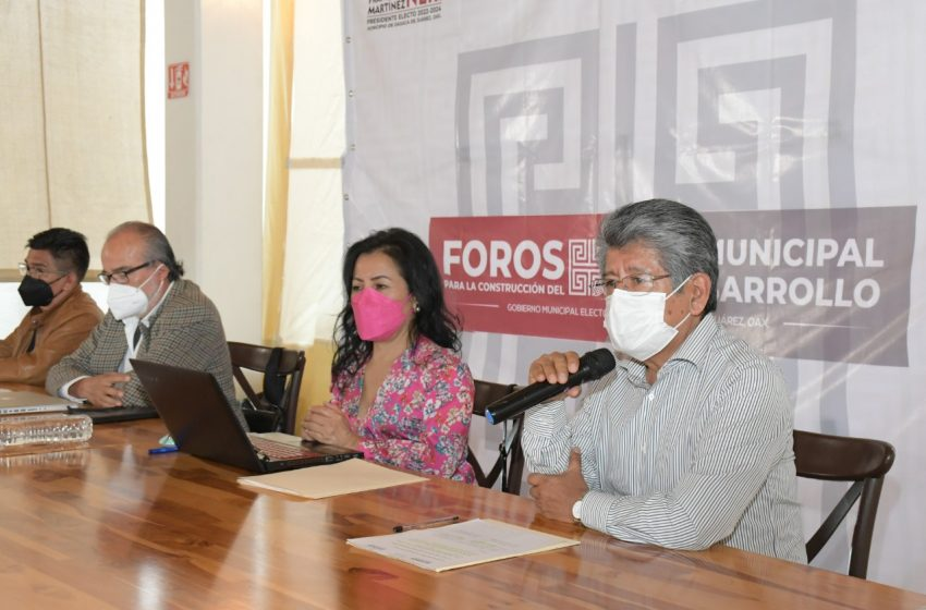 """Francisco Martínez Neri. Inaugura el foro: """"Gobernanza Metropolitana Hacia un modelo de gobernanza y desarrollo urbano metropolitano en Oaxaca."""