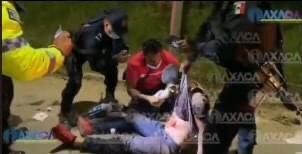 Reportero y policías salvan vida a joven apuñalado